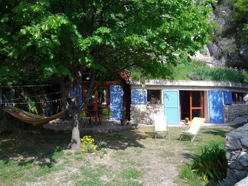 Au calme sur la côte d'azur: maison d'architecte, vacation rental in Saint-Jeannet