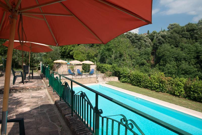 upper pool floor solarium