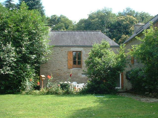 Attractive 3 bed character cottage