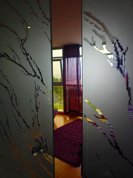 Hall of Purple Suite