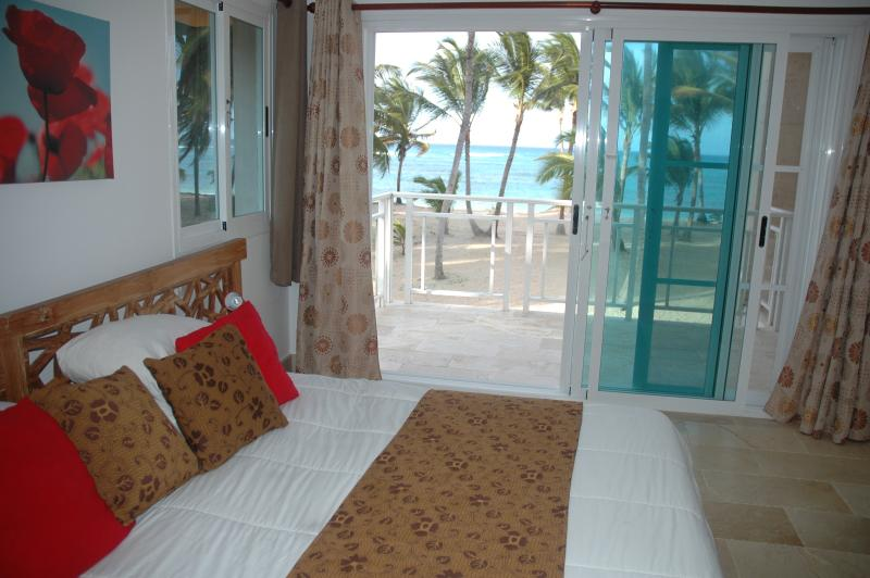 King size 2nd floor master suite. Can you hear the Ocean breeze?
