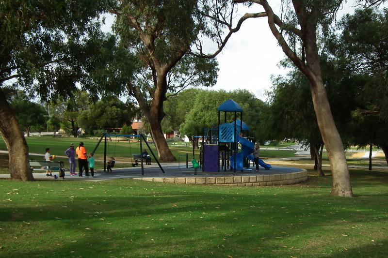 WALK to PARKS and enjoy the AUSTRALIAN Bird life