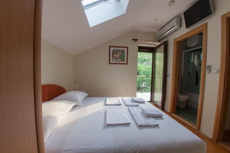 villa vienna mostar double room, location de vacances à Mostar