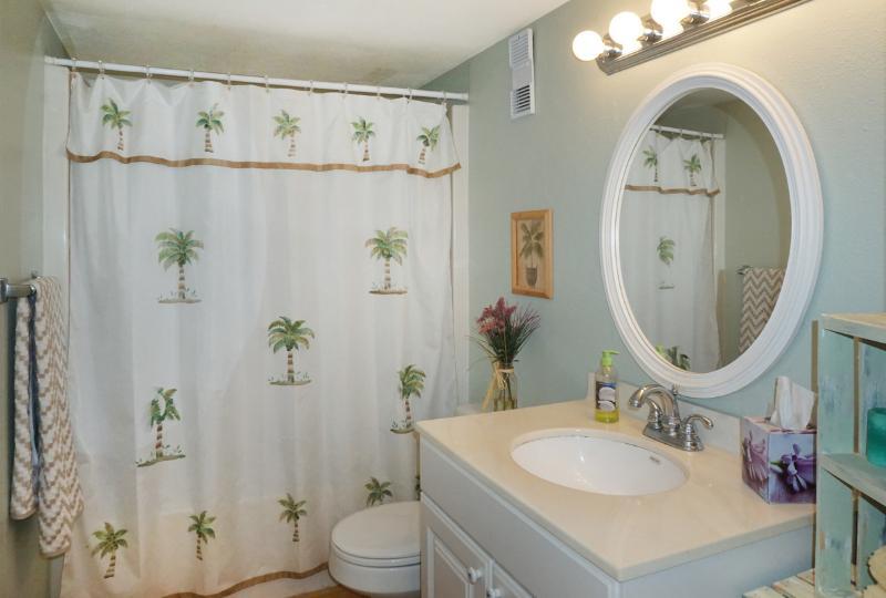 2nd Bath/w shower