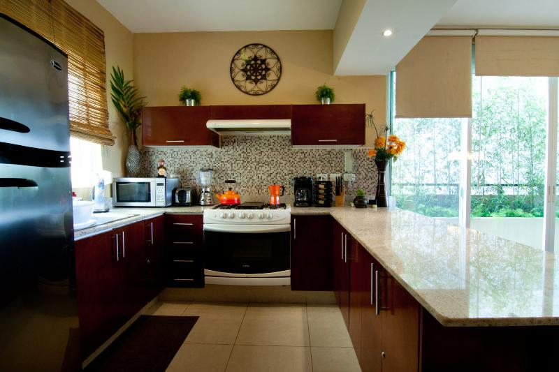 Fully Equipped Kitchen , If You Are A Chef You Will Enjoy This Kitchen