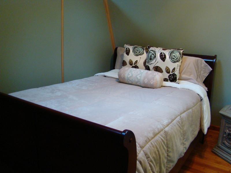 Cozy pillow-top double bed in second bedroom
