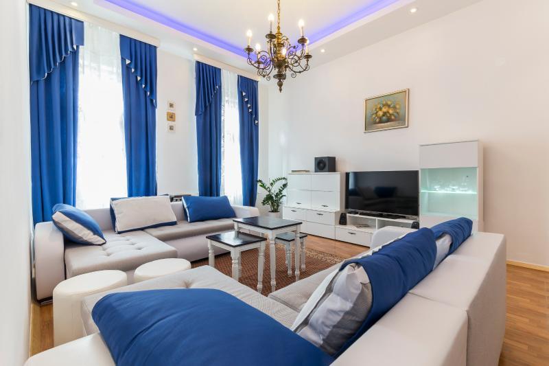 Deluxe apartment Ljubljana (E&E), vacation rental in Ljubljana