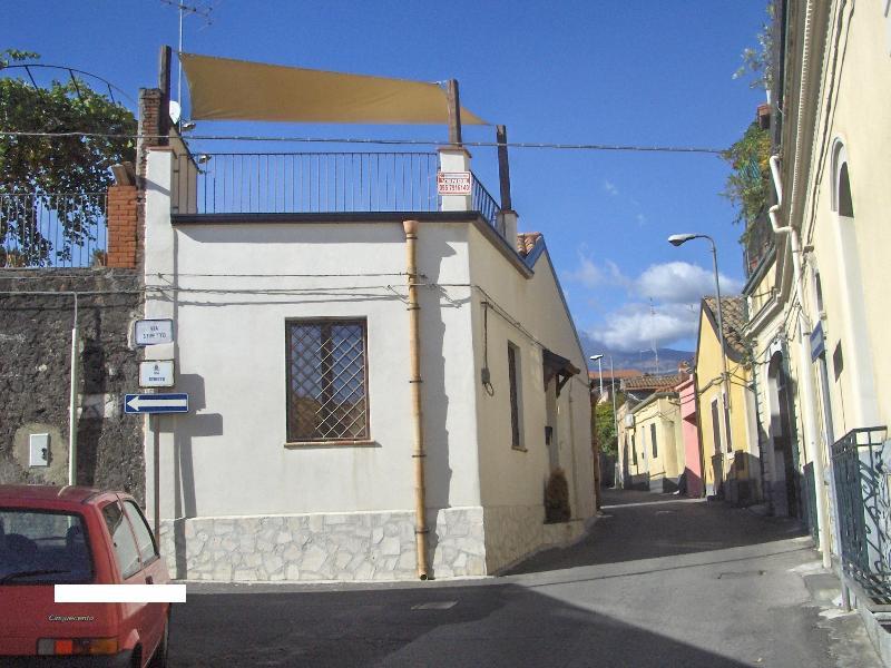 casa vacanza camilla, alquiler vacacional en San Pietro Clarenza