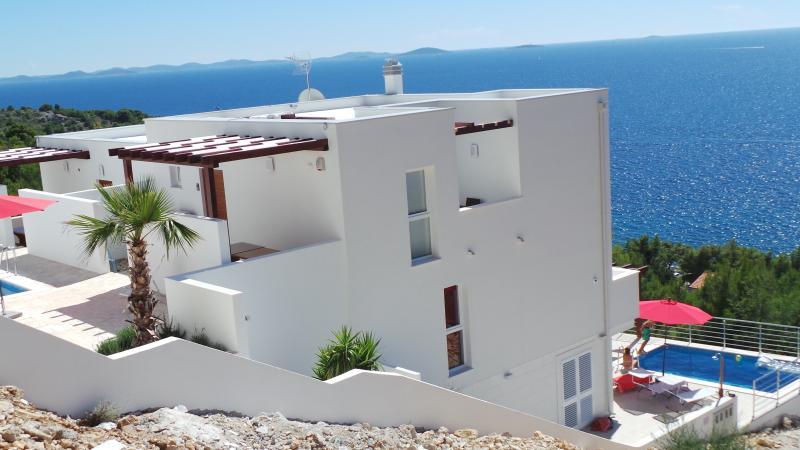 Home of Casa Raduc: Panorama-Villa Murter