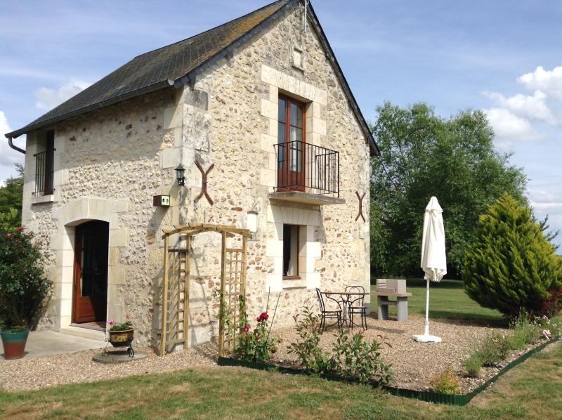 Le Pigeonnier - a one bedroom gite suitable for couples