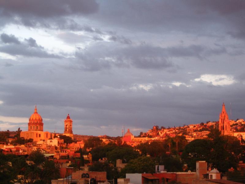 zonsondergang vanaf het terras