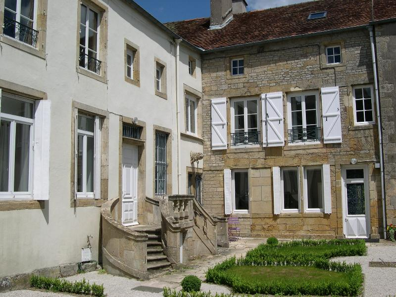 Les chambres du Chapitre B&B, holiday rental in Chaumont