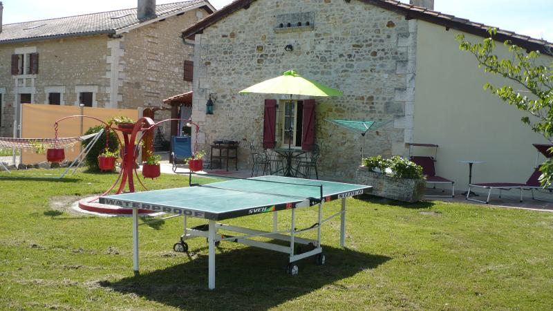 Le Bourdier, holiday rental in Brie-sous-Chalais