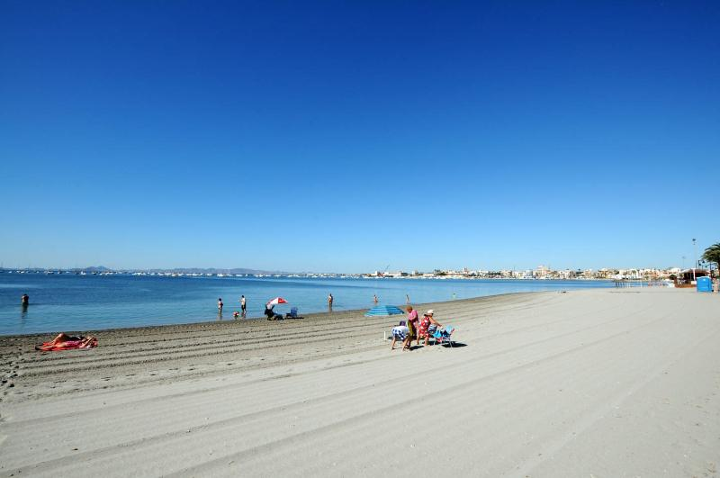 Back to the Outdoors ....... The Mar Menors Famous and Beautiful beaches !