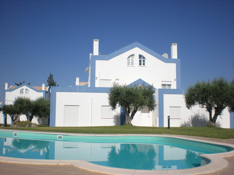 Our villa in Alto do Perogil, Tavira. The large swimming pool is only 20 paces from the front door
