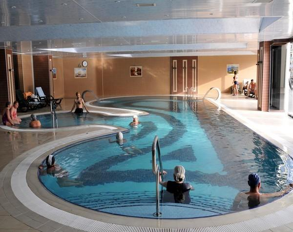 indoor thermal swimming pool