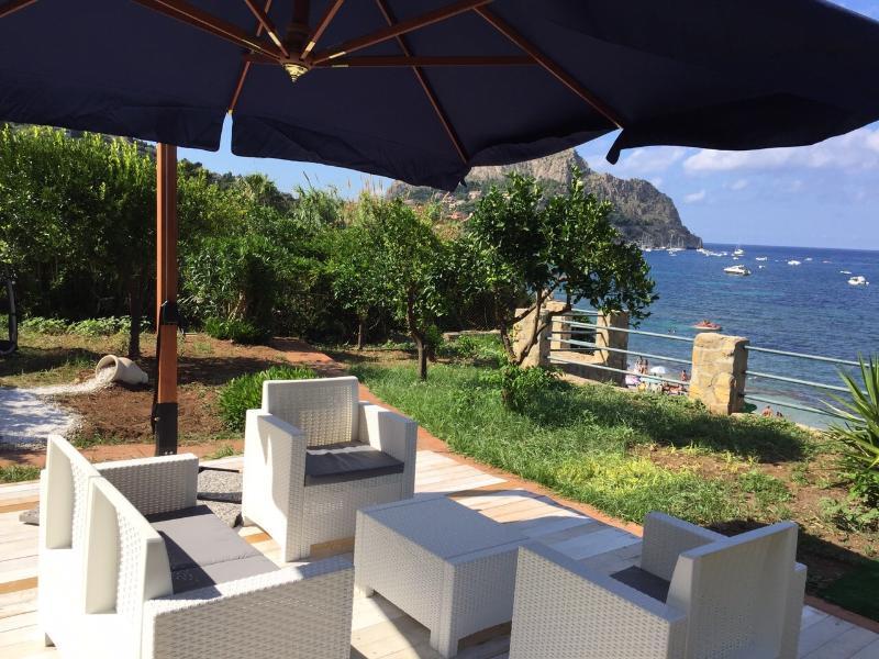 Villa capo zafferano ,casa Carola, casa vacanza a Santa Flavia