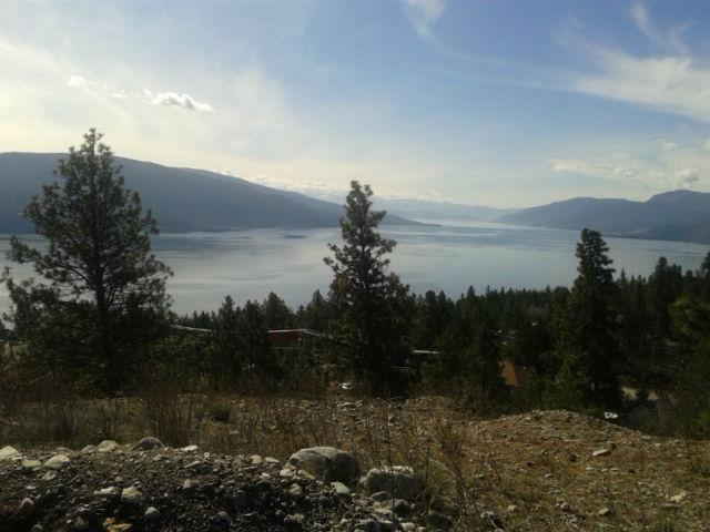Vista de minutos do lago Okanagan da casa