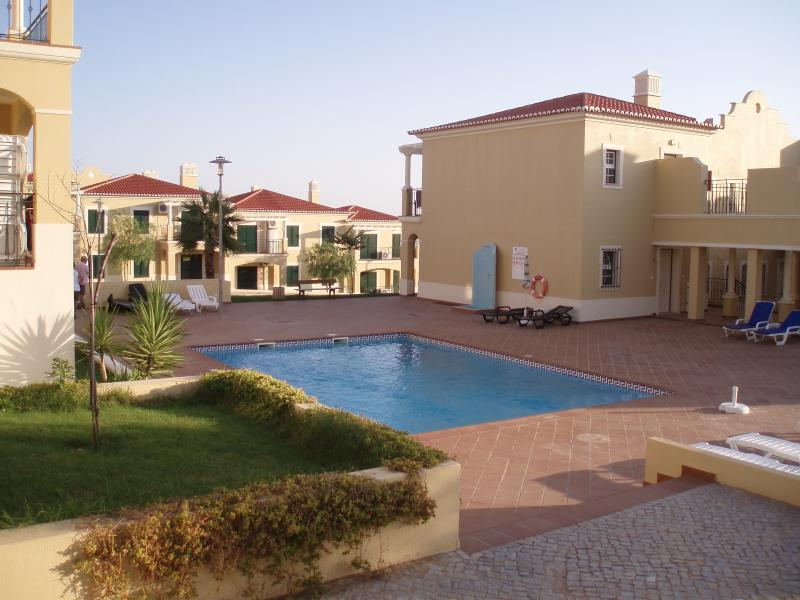 Areias de porches updated 2019 holiday home in armacao - Summer house with swimming pool review ...