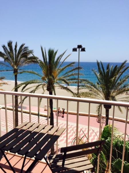 Vistas desde la terraza a la playa- beach views