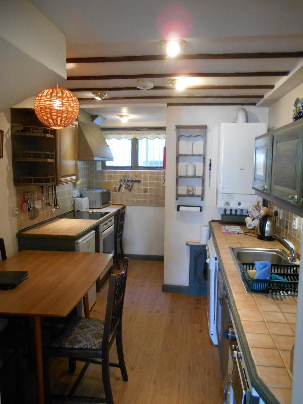 No.5 Kitchen
