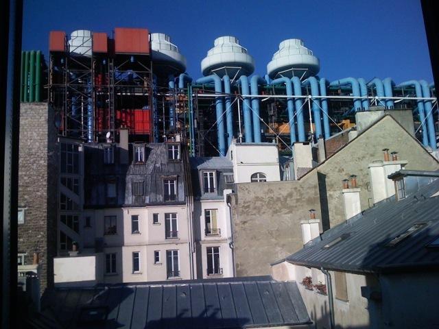 vue dégagée sur le centre Pompidou