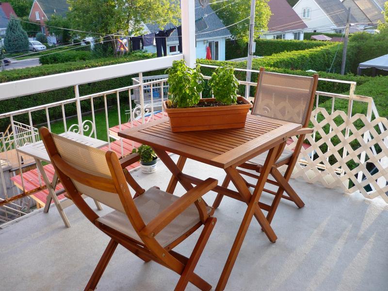 terrasse avec le soleil de fin de journée