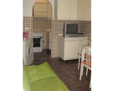 grazioso e confortevole bilocale zona centro, vacation rental in Peschici