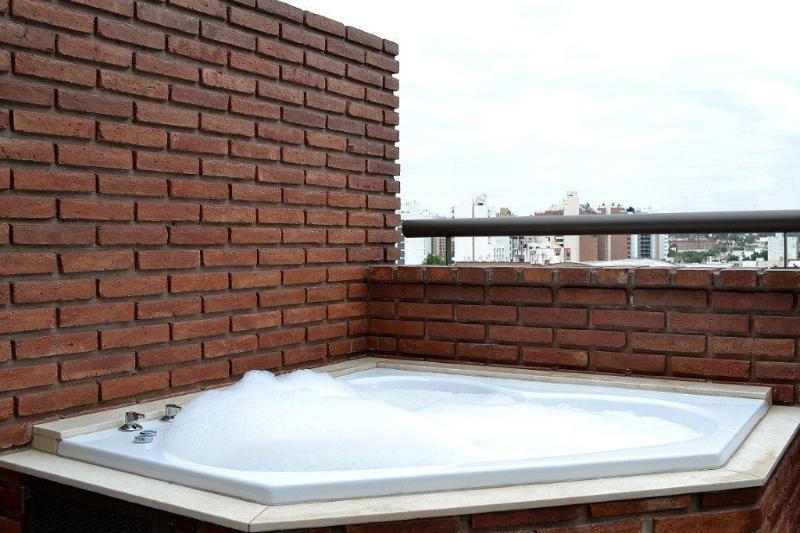 Jacuzzi externo en balcon