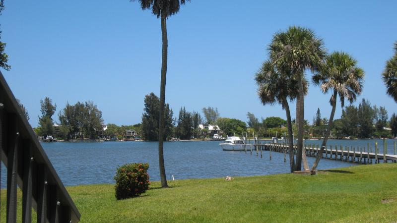 WATERFRONT Paradise on the Intracoastal Waterway, holiday rental in Sebastian