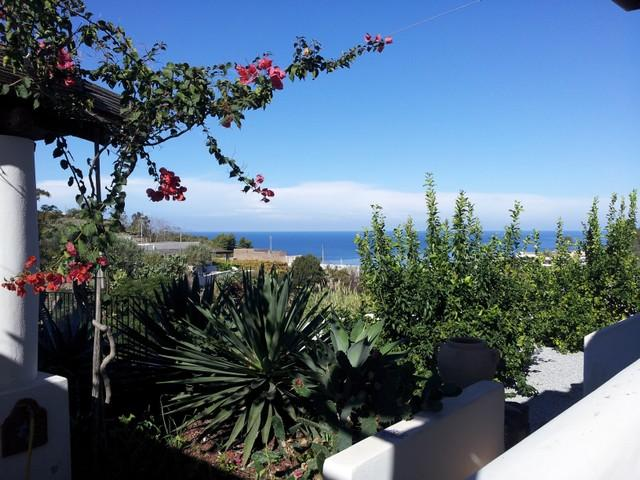 Villette Corallo - Casa Mennula a pochi passi dal mare e molto panoramica, holiday rental in Rinella