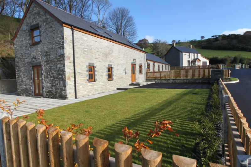 5 star family friendly cottage near Aberystwyth, Machynlleth and the coast