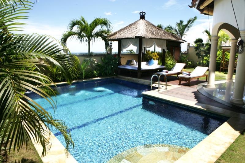 Two Bedroom Villa piscine privée