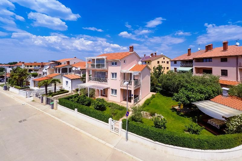 Villa Brioni, Fazana, Croatia - modern and equiped apartments, with free WiFi situated near beach