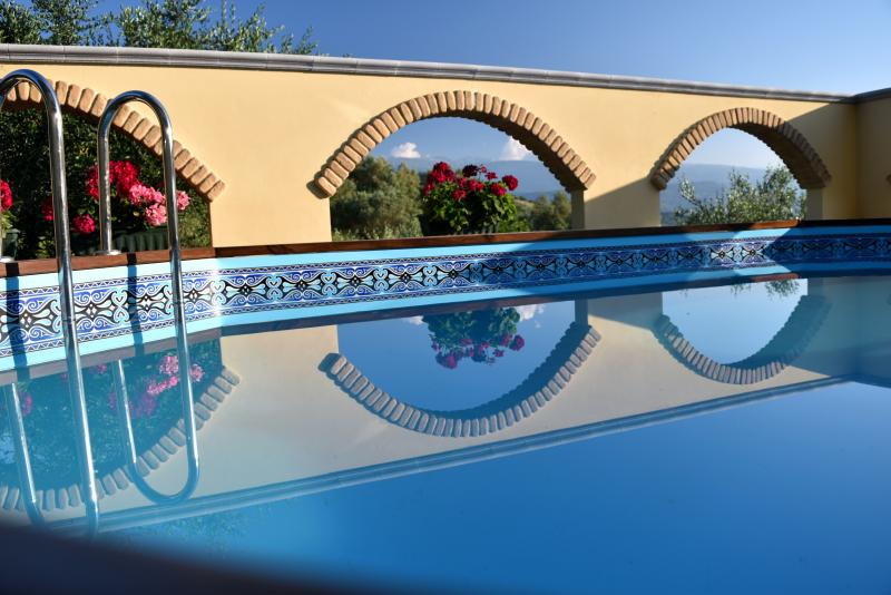 Large plunge pool with excellent views. Perfect  for cooling down after a hard day's sightseeing.