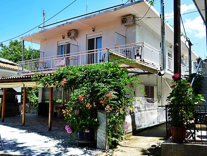 Pansion Galini, holiday rental in Samothraki Town