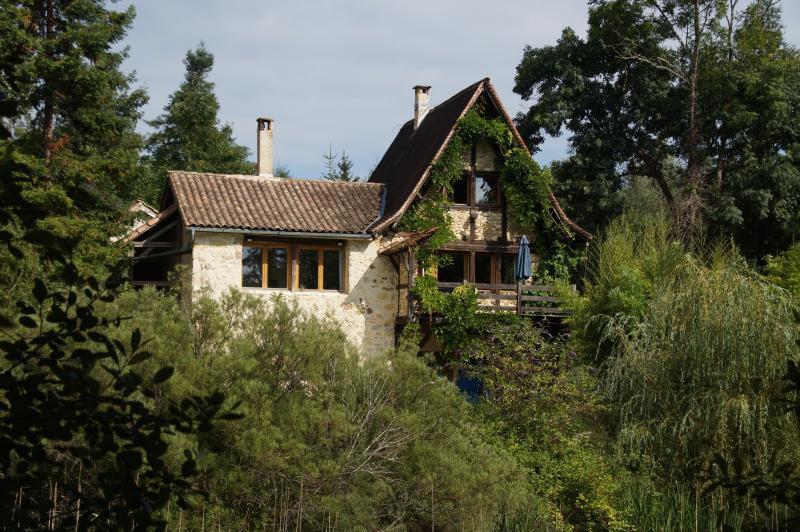 Das Fischerhaus ...wie ein Hochsitz über Teichen und Natur