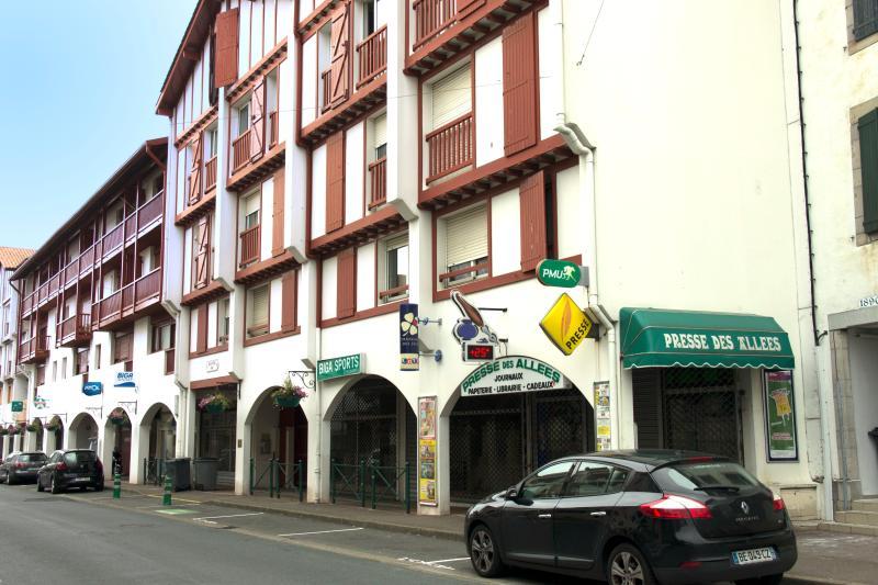 Hendaye, F3 tout confort : classé 3 * par Cofrac, holiday rental in Hendaye