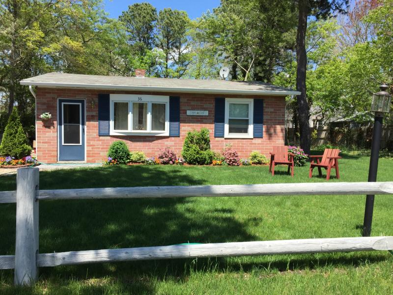 lovely cape cod cottage has central heating and air conditioning rh tripadvisor com