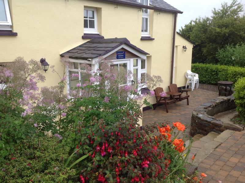 Tradition Manx country cottage