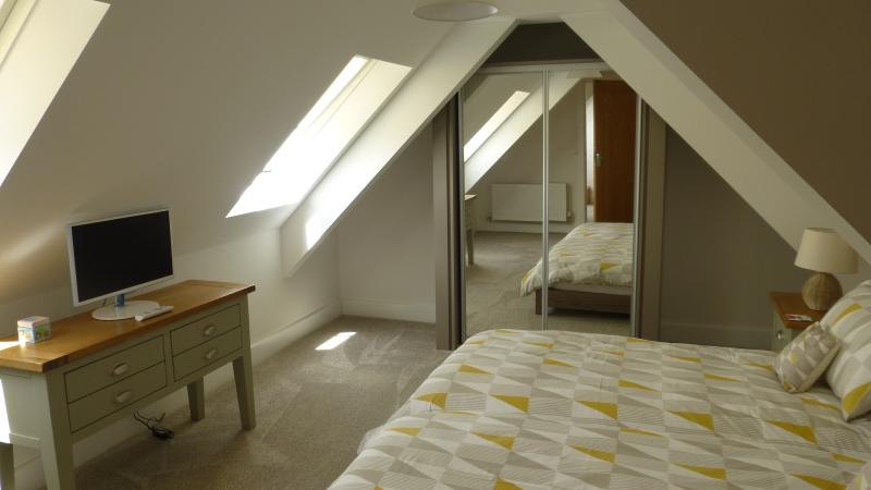 2nd Floor - Comfy Twin beds plus cot / folding bed space, TV, fitted wardrobe and drawer space