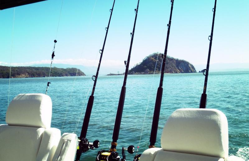 Golfo de NIcoya y sus islas, playas y barco o pesca paseos se pueden organizar
