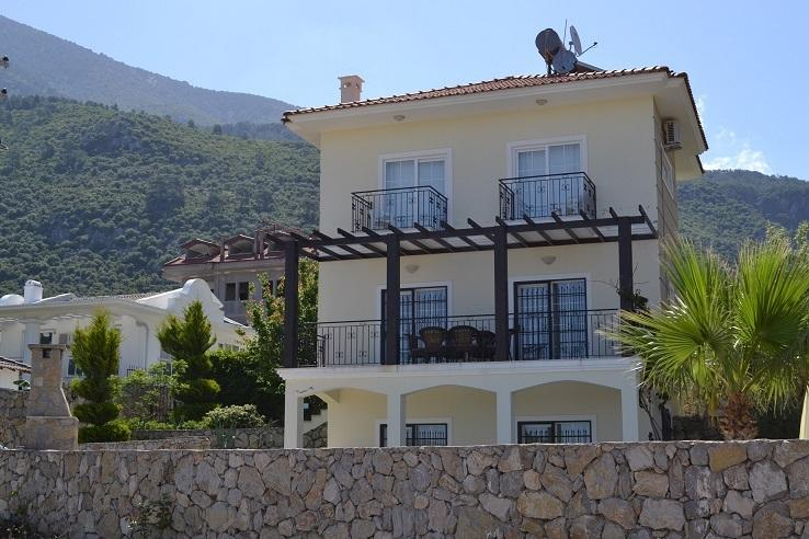 Front of Akaysa villa with private pool and off street parking