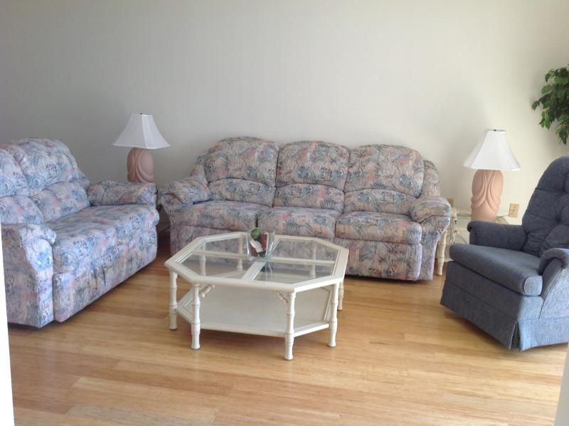 Canaveral Towers #206, holiday rental in Cape Canaveral