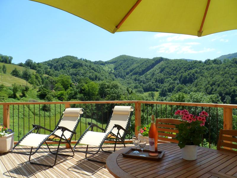 Relax in this peaceful, idyllic location