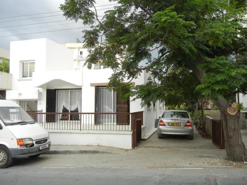 Holiday house in Kyrenia, location de vacances à Kyrenia