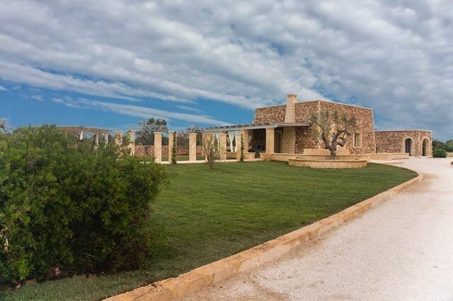 Villa Carla, Ferienwohnung in Baia Verde