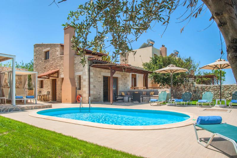 Private Pool &  Great Seaview 500m by the Sea | Villa Nikos, vacation rental in Crete