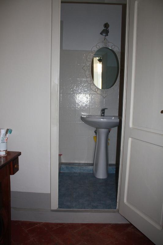 Il secondo bagno nella camera padronale