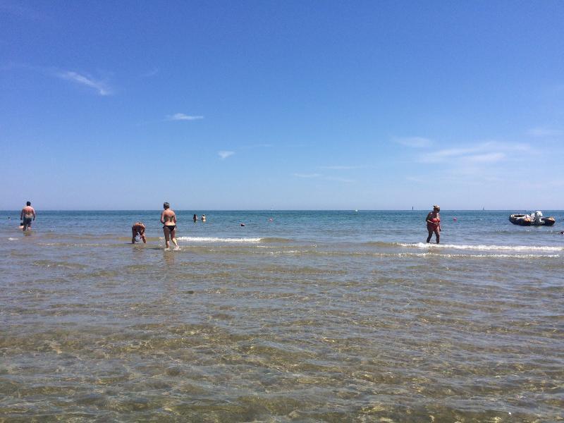 Ampio appartamento a due passi dal mare, vacation rental in San Mauro a Mare